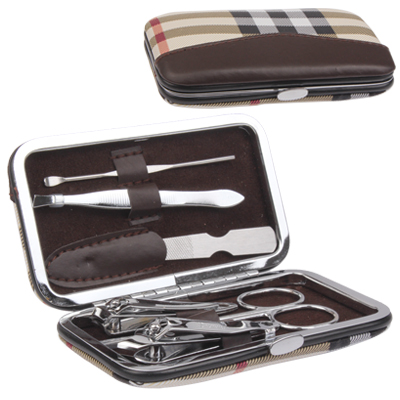 Untitled document 	   Overview :  		 	1) 6pcs manicure set  2) Includes finger nail nipper
